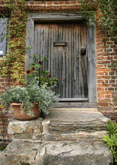 LITTLE DOOR | Flickr - Photo Sharing!