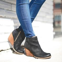 Kork-Ease Natalya Leather Wedge Booties umMmUzWx