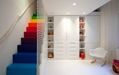 Homes: Little Venice: Children's room with differently coloured stairs
