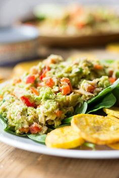 An easy Paleo Avocado lime tuna salad, whole30 friendly, packed with veggies, protein, healthy fats and flavor! Great to pack for school lunches.