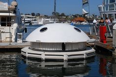 House Boat by crown426, via Flickr