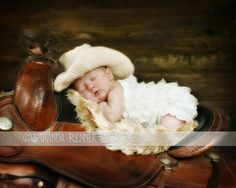 This is so adorable! Love the photo idea. Only thing that could make it better would be to have a better saddle :) CROCHET PATTERN Cowboy or Cowgirl Hat Crochet 06 by nellybeanco, $4.99