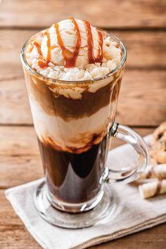 Tostado bajo cero: los mejores cafés helados Irish Coffee, Deli, Food Photo, Pudding, Fresh, Ethnic Recipes, Sweet, Desserts, Cocktails