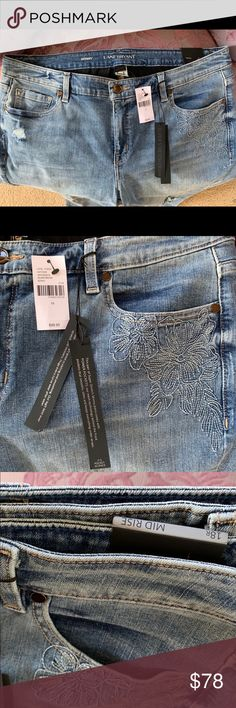 Lane Bryant NWT skinny mid rise destructed jeans 18 R New with tags skinny  mid rise bb7fa6305e496