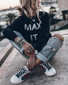 Find and save ideas about street style on Women Outfits. Plaid Fashion, Tomboy Fashion, Look Fashion, Fashion Outfits, Fashion Trends, Girl Fashion, Cheap Fashion, 90s Fashion, Fashion Styles