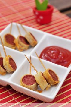 Pastry Crispy Sausage – Tricks of the recipe, thousands of meals …- Yufkalı … – Sandviç tarifi – The Most Practical and Easy Recipes Party Snacks, Appetizers For Party, Appetizer Recipes, Christmas Dishes, Appetisers, Food Photo, Tapas, Food And Drink, Cooking Recipes