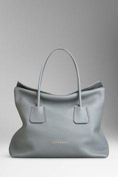 a0a73109a2 34 Best designer totes images in 2019 | Designer handbags, Shoe ...