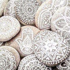 ☮ American Hippie Art ☮  Henna Painted Rocks