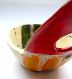 Bowl with outsize red crackle handle © Linda Styles Ceramics 2014