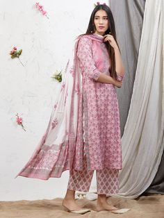 Best 12 Pink Hand Block Printed Cotton Kurta with Palazzo and Mulmul Dupatta – Set of 3 Printed Kurti Designs, Simple Kurti Designs, Kurta Designs Women, Dress Indian Style, Indian Dresses, Pakistani Dresses, Designer Salwar Kameez, Ethnic Outfits, Indian Outfits