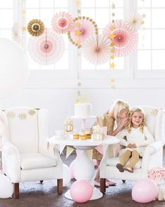 Pink and Gold Party Fans - Princess Party Fans - Paper Rosettes - Pink Paper Fan Backdrop - Photo shoot - Blush Party Fans - Pack of 8 Princess Star, Pink Princess, Princess Birthday, Princess Party, Gold First Birthday, Little Girl Birthday, Cat Birthday, Birthday Bash, Birthday Celebration