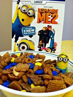 Minion Munch Chex Party Mix {Despicable Me 2} FUN  DELICIOUS!  - Sincerely, Mindy