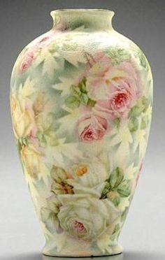 pottery porcelain, Germany, A Royal Bayreuth Rose Tapestry vase. Blue mark.
