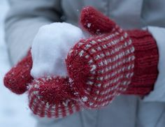 Hand knit mittens, Debbie Bliss Blue Faced Leicester DK Knit Mittens, Hand Knitting, Gloves, Crochet Hats, Leicester, Bliss, Snow, Eggs, Knitting Hats