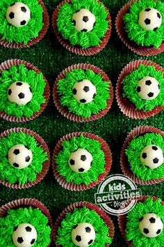 How do you make Oreo Cupcakes? Make the cupcake recipe according to the directions below. Allow cupcakes to cool. Soccer Cupcakes, Kid Cupcakes, Cupcake Cakes, Soccer Ball Cake, Cupcake Ideas, Soccer Birthday, Soccer Party, Birthday Parties, Soccer Snacks