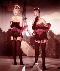 Brigitte Bardot & Jeanne Moreau in Viva Maria