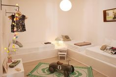 HOUSE WHITE apartment, Barcelona, Spain