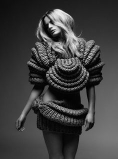 Sculptural Knitwear design: 3D fashion, inspiring knits // Sandra Backlund