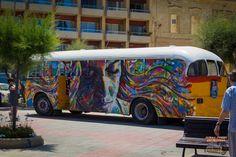 Street Art by David Walker at the Sliema Street Art Festival. Photo by Asperholm Productions in Sliema, Maltas
