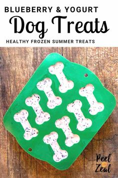 Healthy refreshing frozen dog treat recipe only has three ingredients- blueberries, yogurt, and bananas. Dogs love pupsicles on hot summer days. Puppy Treats, Diy Dog Treats, Homemade Dog Treats, Healthy Dog Treats, Homemade Recipe, Frozen Dog Treats, Dog Cookies, Dog Snacks, Christmas Dog