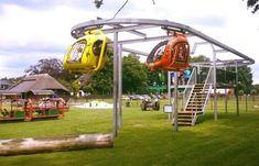 Spannend (nieuwe) hoge helikopters vliegen rond bij Speelboerderij Maisdoolhof in Voorthuizen! Voor € 4,00 p.p. heb je een dagje vol plezier en gezelligheid! Er valt veel te beleven, te spelen en ook nog te leren! Voor jong en oud is er genoeg te doen!