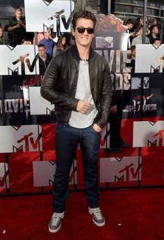 Miles Teller | All The Looks From The MTV Movie Awards Red Carpet