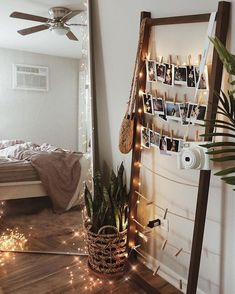 Bedroom Inspo Quartos Ideas For 2019 Diy Apartment Decor, Apartment Therapy, Bedroom Apartment, Studio Apartment, Apartment Interior, Apartment Living, Apartment Decorating On A Budget, Apartment Hacks, Cozy Apartment