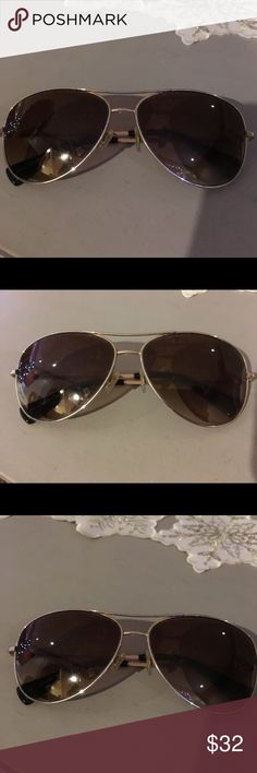 COACH Sunglasses Nice coach sunglasses, worn but will clean before! Ok to good condition Coach Other