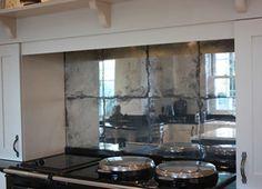 Mirrored Kitchen Splashbacks - Saligo Design presents a stunning collection of Mirrored Kitchen Splashbacks for decoration or art Mirror Backsplash Kitchen, Mirror Splashback, Splashback Ideas, Mirror Tiles, Mirror Glass, Kitchen Redo, Kitchen Remodel, Kitchen Design, Barn Conversion Interiors