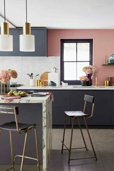 The best kitchen design ideas for your home in This expert trends round up reveals the latest modern kitchen ideas and contemporary kitchen trends from storage to two-tone kitchens. Pink Kitchen Walls, Coral Kitchen, Kitchen Wall Design, Quirky Kitchen, Best Kitchen Designs, Modern Kitchen Design, Kitchen Interior, Kitchen Decor, Pink Walls