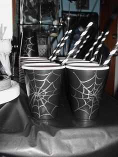Sweet spidy Sippy's! For the Venom party!