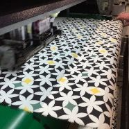 Il disegno del mosaico della fontana di Villa Hadeel stampato su Tessuto c/o la Stamperia Emme, fiore all'occhiello della Gentili Mosconi Spa #printingfabric #madeinitaly