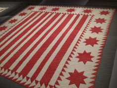 red antique quilt, one of my fav's at Infinite Variety in NY, March 2011