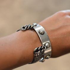 Pulseras Ela Stone. De venta en Brussosa. My Precious, Little Things, Jewels, Bracelets, Silver, Fashion, Bangle Bracelets, Jewerly, Moda