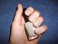 Tartaruga Zeta Fashion & Beauty: Smalto della settimana - Manicure of the week @kikocosmeticsit #nailpolish #notd #nails #manicure #greenolive #beauty #beautyblogger