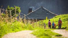 © Pascal Gertschen #fribourgregion #schwarzsee #switzerland #family #wandern #hiking #randonnée