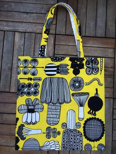 Marimekko Yellow Puutarhurin Parhaat shopping tote bag purse from designer cotton fabric, Finland