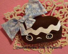 Handmade Primitive Gingerbread Snowflake Door by shweetpotatodolls