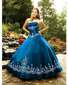 2008 winter quinceanera dress,Modest Ball Gown Strapless Floor-length Winter Quinceanera Dress Q188-9,discount designer quinceanera ball gowns,Embellishment:embroiderybr / Silhouette:ball gownbr / Neckline:straplessbr / Train:floor-lengthbr / Sleeves:sleevelessbr / Back:lace up