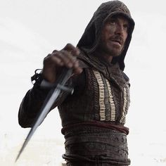 New images released for Assassins Creed movie 20th Century Fox has unleashed seven new photos from their highly-anticipated video game adaptation Assassin's Creed which is set to hit theatres December 21. The Playlist debuted these images and they also hint that a new trailer could be just around the corner. The f... #AssassinsCreed #Fassbender #GlesgaGeek #GeekNews http://ift.tt/2cMQfRd
