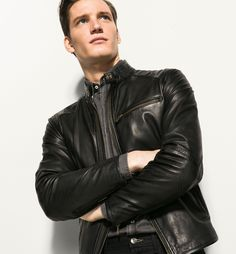 Choosing The Right Men's Leather Jackets – Revival Clothing Bad Boy Style, Leather Jacket Outfits, Leather Jackets, Types Of Jackets, Men's Jackets, Casual Outfits, Men Casual, Hommes Sexy, Mandarin Collar