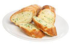 Receita de Pão de Alho. Pão de alho saboroso, combina perfeitamente com o seu churrasco.