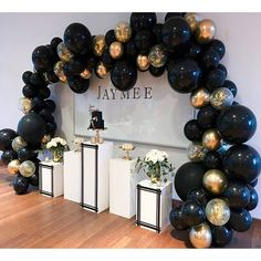 Garland Party Decorations Kit Party Supplies Photo Backdrop Gold Garland Birthday Party Baby Shower Party Star Garland Christmas Decor This BLACK& GOLD balloon can be hung from the ceiling or wall (when filled with air) or float in the air wit Black And Gold Party Decorations, Black Gold Party, Black And Gold Centerpieces, All Black Party, Graduation Party Decor, Birthday Party Decorations, Baby Shower Decorations, Birthday Garland, Balloon Birthday