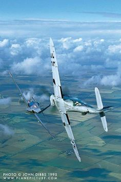 P51 & Bf109 ... clearly a latterday (recent) photo - but that's all I can say