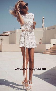 Великолепное платье крючком+СХЕМЫ. Стильное женское платье филейной вязкой
