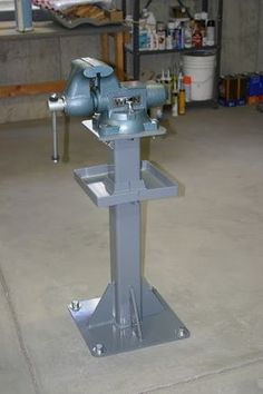 Vise Pedestal - Homemade floor-mounted vise pedestal featuring an integral tool tray fabricated from steel tubing and Garage Workshop Organization, Diy Garage Storage, Workshop Storage, Tool Storage, Welding Shop, Welding Tools, Metal Working Tools, Metal Tools, Garage Furniture