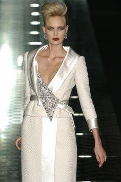 Valentino - Haute Couture - Fall / Winter 2004