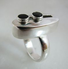 Kinetic sterling silver moving ring with black onyx cabs - size 7 ring - sterling silver ring - hand fabricated ring