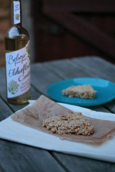 Elderflower flapjack recipe (a delicious and simple oat bar)