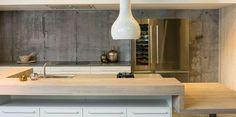 Slik fikser du en kulere plate over kjøkkenbenken Decor, Furniture, Double Vanity, Vanity, Table, Home Decor, Bathroom Vanity, Kitchen, Plates